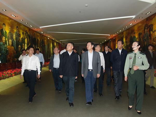 中共中央政治局委员、书记处书记、中宣部部长刘奇葆来我馆视察调研