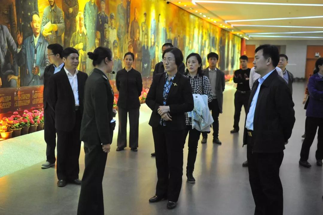 副省长吴忠琼在我市调研旅游文化产业发展情况